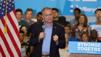 Kaine Holds Rally on Campus