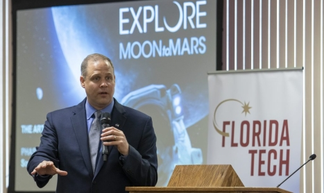 NASA Administrator Offers Keynote Address, Tours Campus